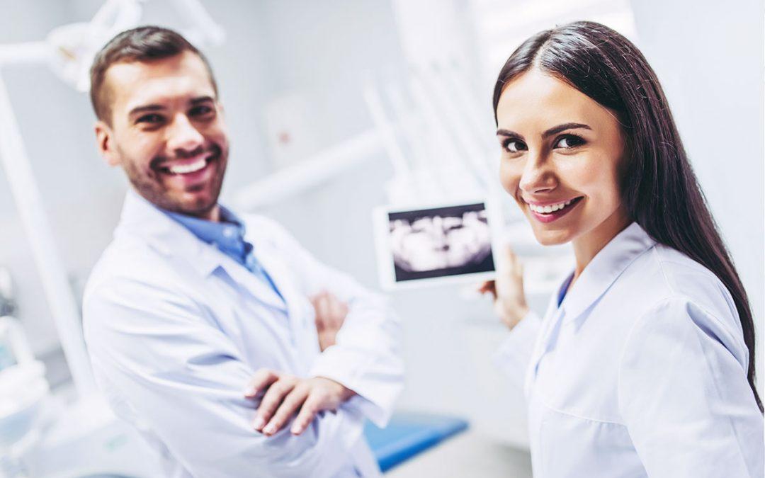 Stellenanzeige: Zahnarzt (w/m)